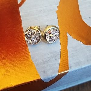 Jewelry - 💕 NWOT Gold and Silver Druzy Earrings